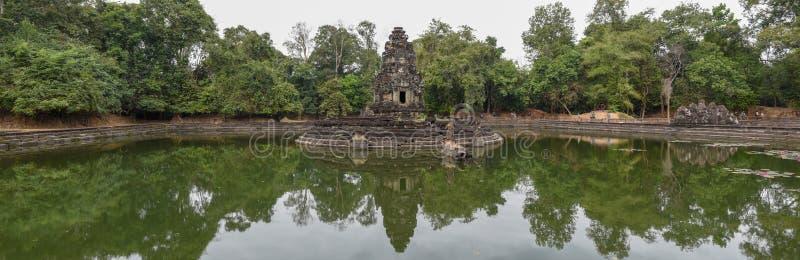 Widok wyspa świątynny Preah Neak Poan przy Angkor zdjęcia royalty free