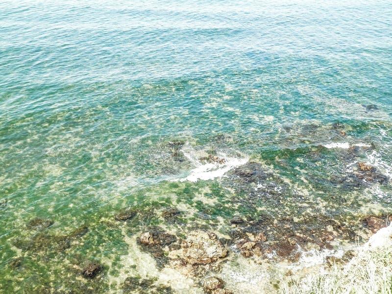 Widok z klifu nad wodą Morza Czarnego fotografia royalty free