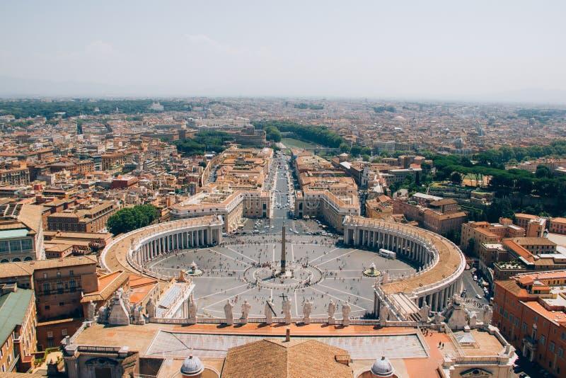 Widok z lotu ptaka świętego Peter kwadrat w Watykan zdjęcie stock