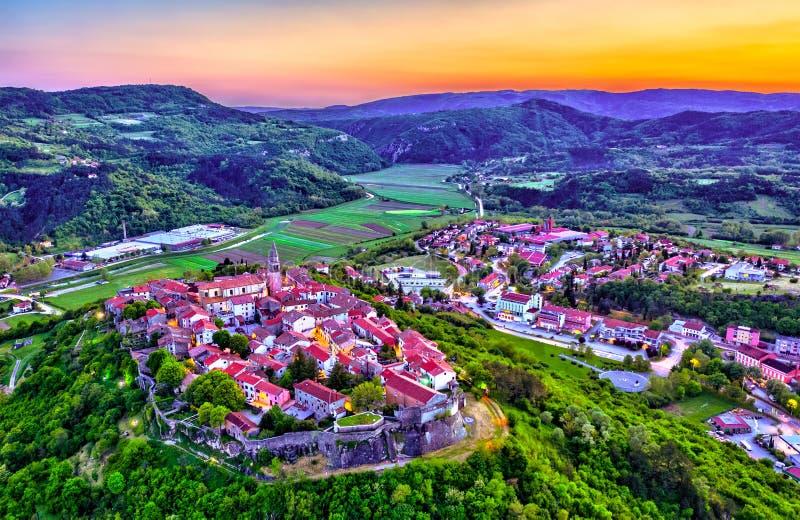 Widok z lotu ptaka Buzet miasteczko w Istria, Chorwacja zdjęcia stock
