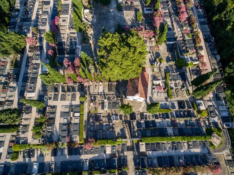 Widok z lotu ptaka cmentarz w Dalmatia, południowy Chorwacja fotografia royalty free