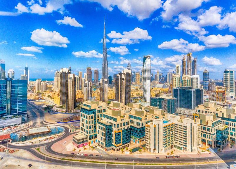 Widok z lotu ptaka Dubaj śródmieście na pięknym dniu obraz royalty free