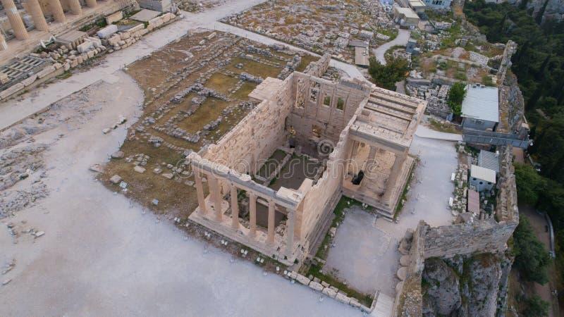Widok z lotu ptaka Erechtheion w akropolu Ateny antyczna cytadela w Grecja obrazy stock