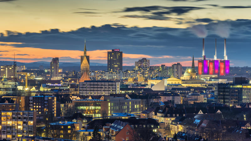 Widok z lotu ptaka Hannover przy wieczór Niski Saxony obraz stock