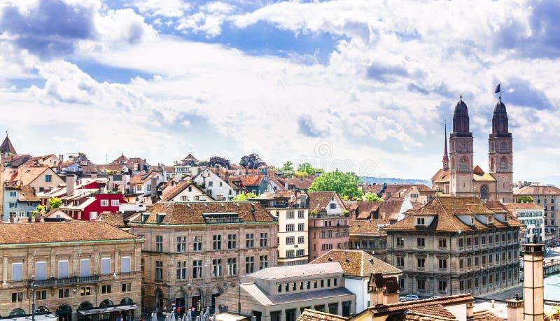 Widok z lotu ptaka historyczny Zurich centrum miasta z sławnym Fraumunst fotografia royalty free