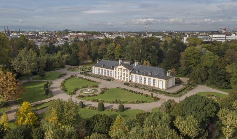 Widok z lotu ptaka Josephine pawilon w Orangerie parku w Strasburg zdjęcia stock
