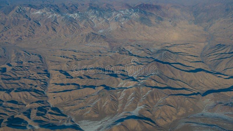 Widok z lotu ptaka krajobraz w Xinjiang północnej części Chiny w w fotografia royalty free