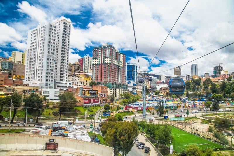 Widok z lotu ptaka La Paz z teleferico Cable Boliwia zdjęcie royalty free