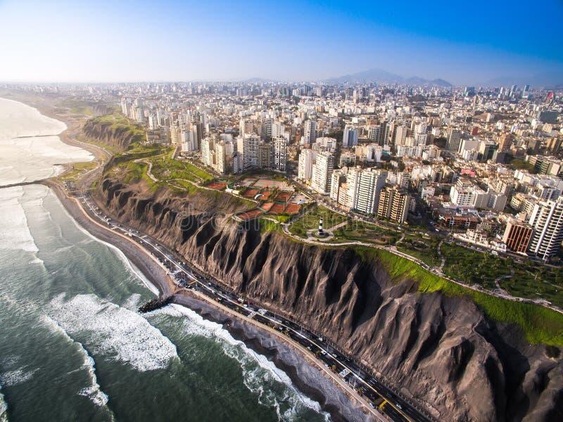 Widok z lotu ptaka Lima od Miraflores zdjęcie stock