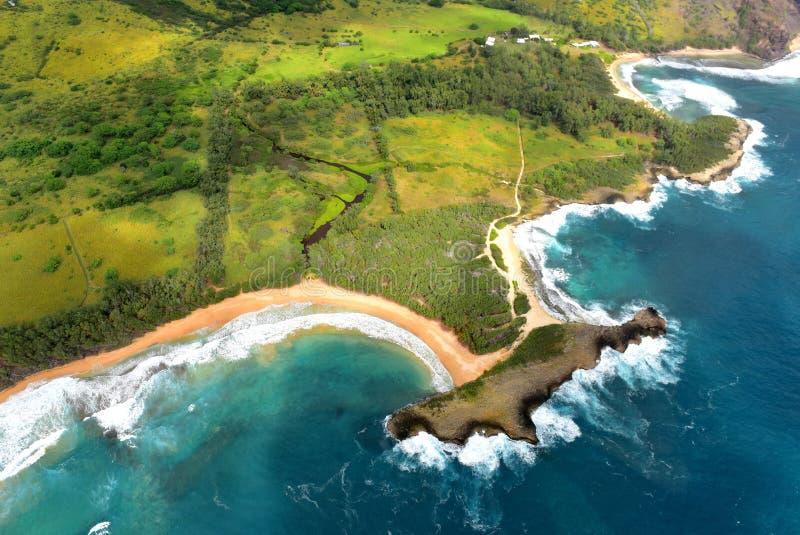 Widok z lotu ptaka linia brzegowa Kauai wyspa zdjęcie stock