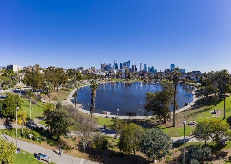 Widok z lotu ptaka Los Angeles centrum miasta z Zachodnim jeziorem obrazy royalty free