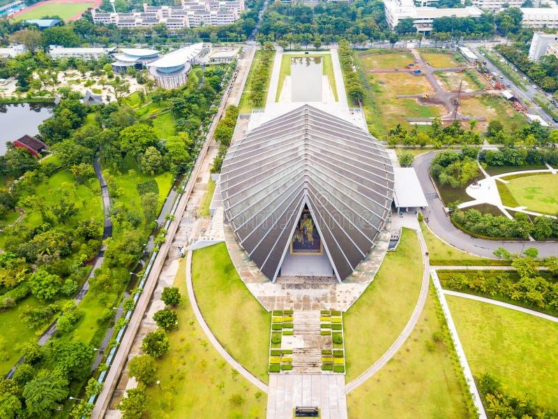 Download Widok Z Lotu Ptaka Mahidol Sittha-kharn Obraz Stock Editorial - Obraz złożonej z konferencja, leczniczy: 106900104