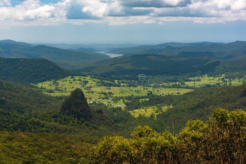 Widok z lotu ptaka malownicza halna dolina LATO krajobraz zdjęcie stock