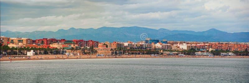 Widok z lotu ptaka miasto plaża w Walencja, Hiszpania zdjęcie royalty free