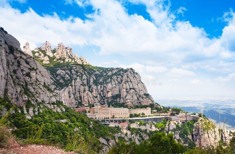 Widok z lotu ptaka Montserrat monaster Santa Maria de Montserrat jest Benedyktyńskim opactwem lokalizować na górze Montserrat, i obrazy royalty free