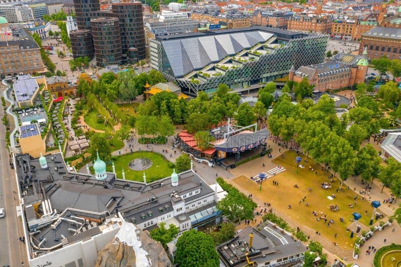 Widok z lotu ptaka na park rozrywki w ogrodzie Tivoli zdjęcia stock