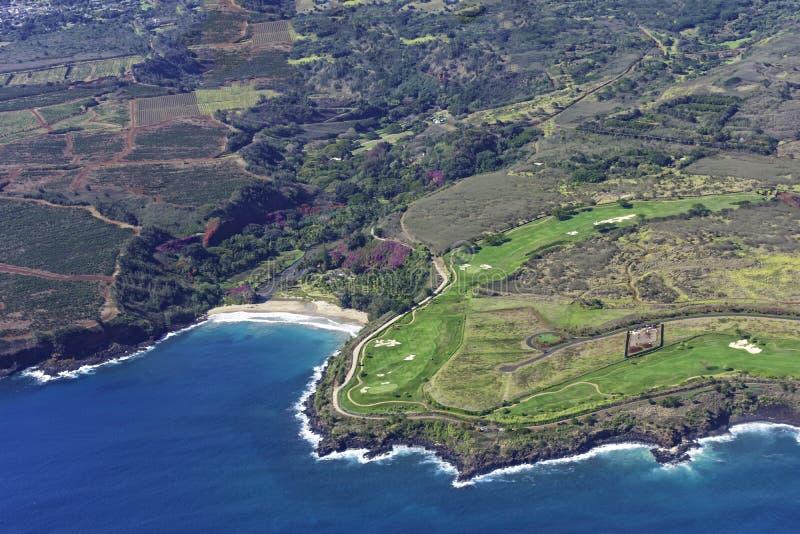 Widok z lotu ptaka na południowe wybrzeże Kauai pokazujący plantacje kawy, ogrody botaniczne i pole golfowe Poipu Kauai Hawaii US zdjęcie royalty free