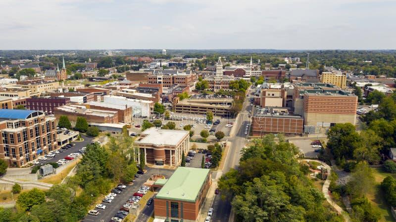 Widok z lotu ptaka nad budynkami i infrastrukturą w Clarksville Tennessee obraz stock