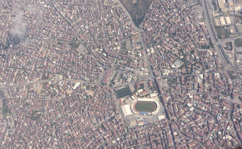 Widok z lotu ptaka nad Gebze miasteczkiem w Kocaeli prowincji Turcja zdjęcia royalty free