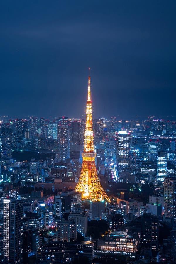 Widok z lotu ptaka nad Tokio wierza i Tokio pejzażem miejskim fotografia royalty free