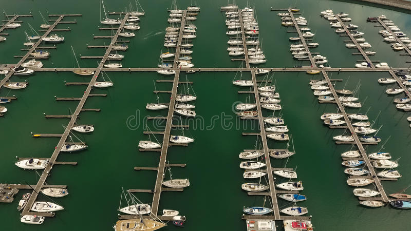 widok z lotu ptaka Napastuje Laoghaire marina dublin Irlandia zdjęcia stock