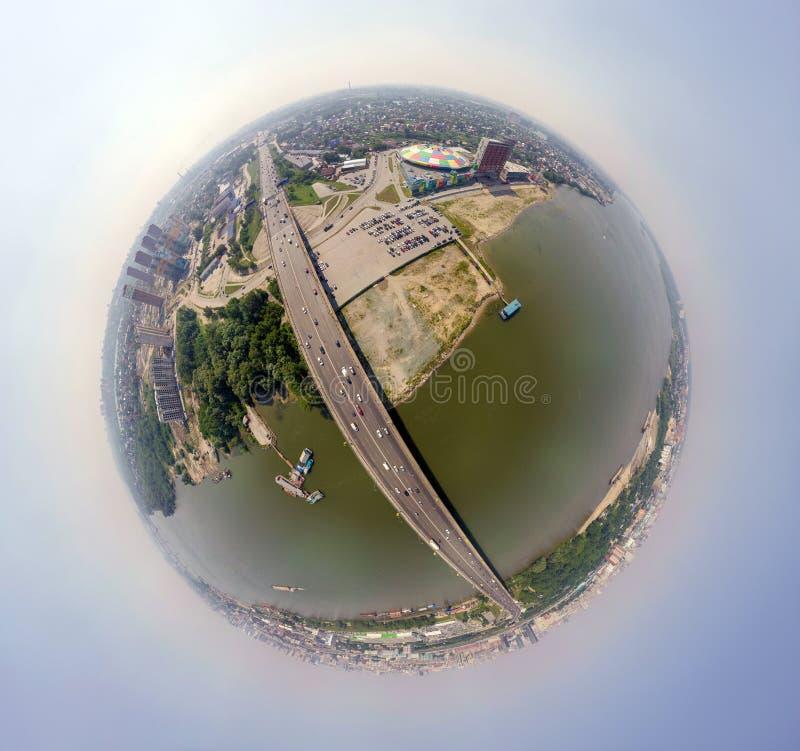 Widok z lotu ptaka: nowożytny miasto zdjęcie royalty free
