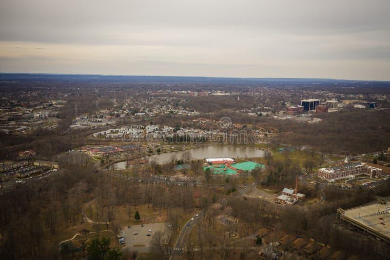 Widok Z Lotu Ptaka Nowy Edison - bydło Pokazuje NYC w tle fotografia royalty free