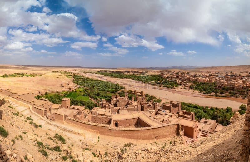 Widok z lotu ptaka od wierzchołka Kasbah Ait Ben Haddou zdjęcie stock