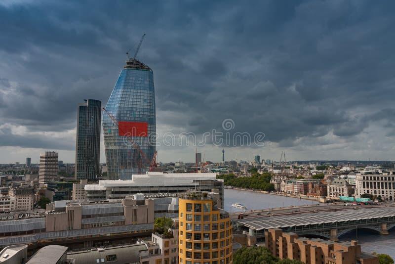 Widok z lotu ptaka południowy bank rzeczny Thames, 50 kondygnacja, 170 ja obrazy stock