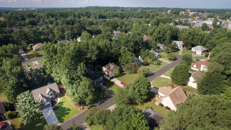 Widok z lotu ptaka podmiejscy domy w południowym Stany Zjednoczone zdjęcia stock