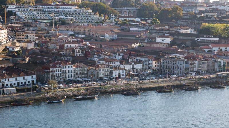 Widok z lotu ptaka Portowego wina okręg w Vila Nova De Gaia, Porto, Północny Portugalia zdjęcia stock
