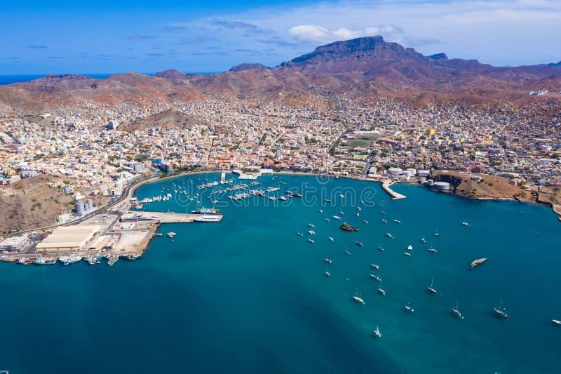 Widok z lotu ptaka Praia w Santiago - Stolica Wysp Zielonego Przylądka - Wyspy Zielonego Przylądka zdjęcia stock