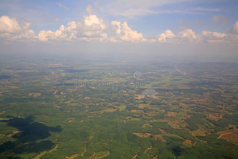Widok z lotu ptaka przedmieście krajobraz blisko Chiang Mai zdjęcie stock