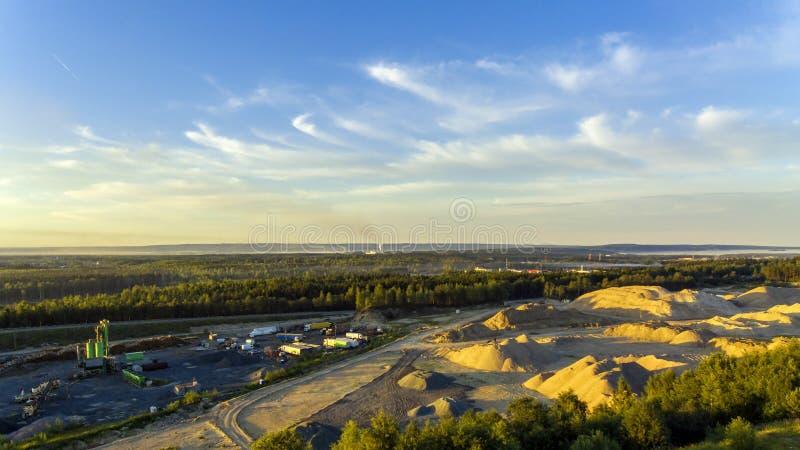 Widok z lotu ptaka przemysłowy krajobraz piaska łup fotografia royalty free