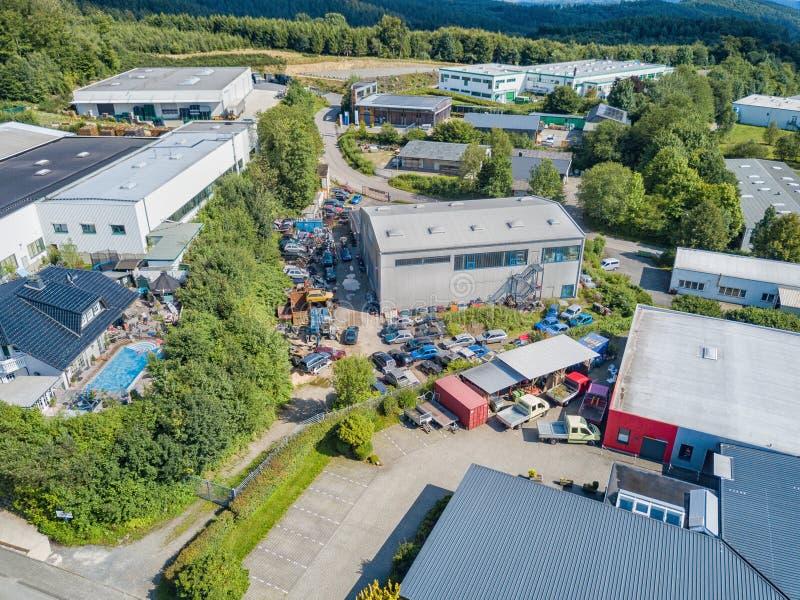 Widok z lotu ptaka przemysłowy teren w Gummersbach zdjęcia royalty free