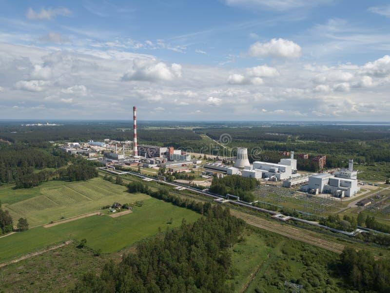Widok z lotu ptaka Ryski TEC -2 elektryczności elektrowni trutnia wierzchołek fotografia stock