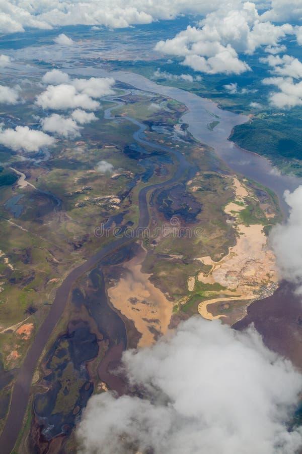Widok z lotu ptaka rzeka w Venezue zdjęcia stock