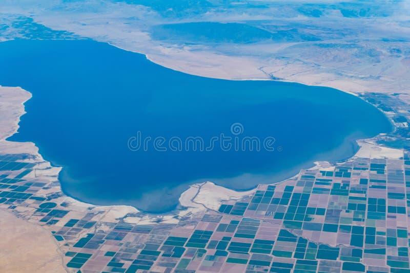 Widok z lotu ptaka Salton Brawley i morza wiejska scena fotografia stock