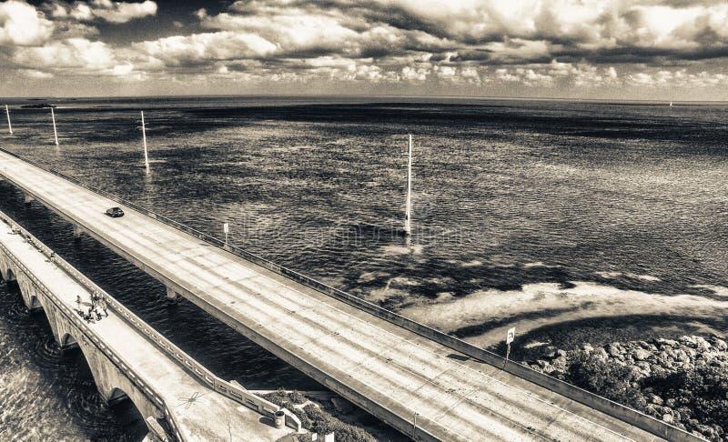 Widok z lotu ptaka Siedem mil mosta wzdłuż Zamorskiej autostrady, Florid zdjęcie royalty free