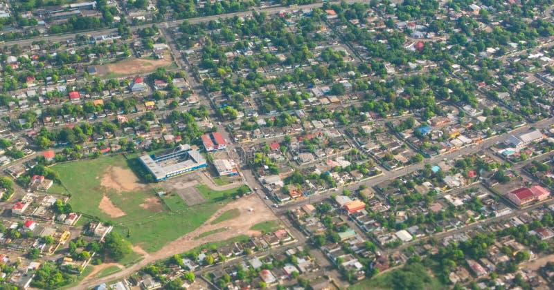 Widok z lotu ptaka St Catherine i Kingston na Jamajce zdjęcia stock