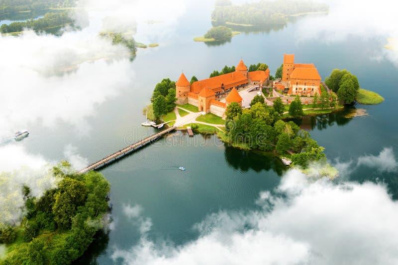 Widok z lotu ptaka stary kasztel Trakai, Lithuania obraz stock