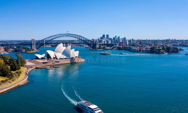 Widok Z Lotu Ptaka Sydney schronienia opera i most obrazy stock