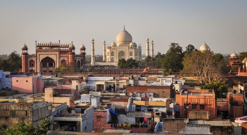 Widok z lotu ptaka Taj Mahal i Agra miasto w India zdjęcie stock
