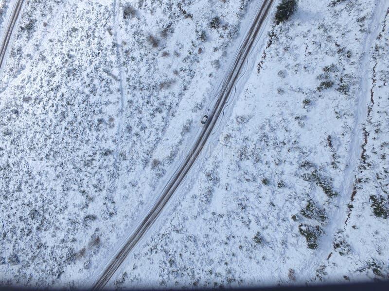 Widok z lotu ptaka w śnieżnej górze obrazy royalty free