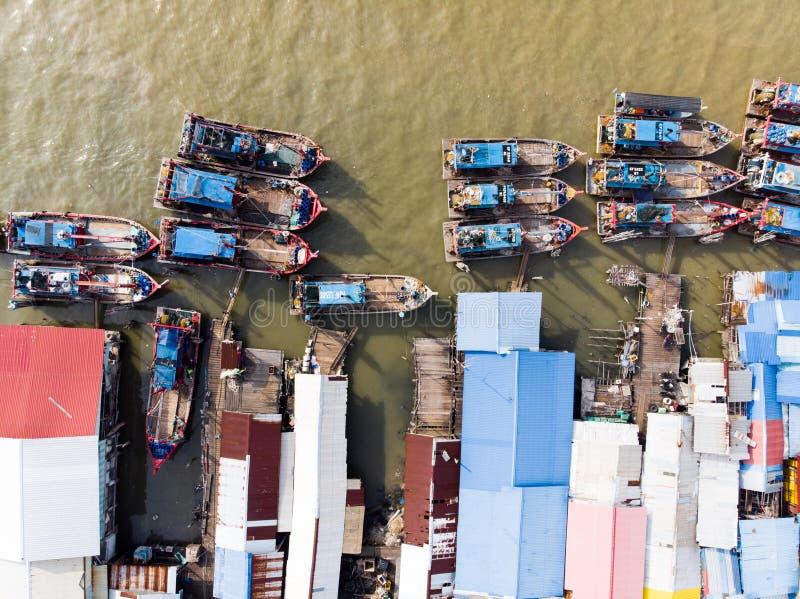 Widok z lotu ptaka w rybak wiosce obraz royalty free