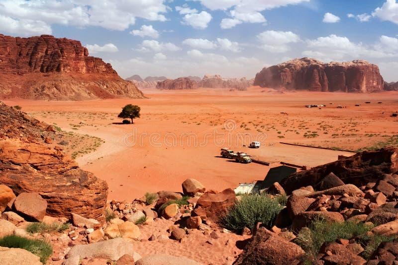 Widok z lotu ptaka wadiego rumu pustynia w Jordania obraz royalty free
