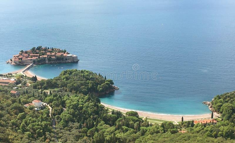 Widok z lotu ptaka wyspa Sveti Stefan, Montenegro zdjęcia royalty free