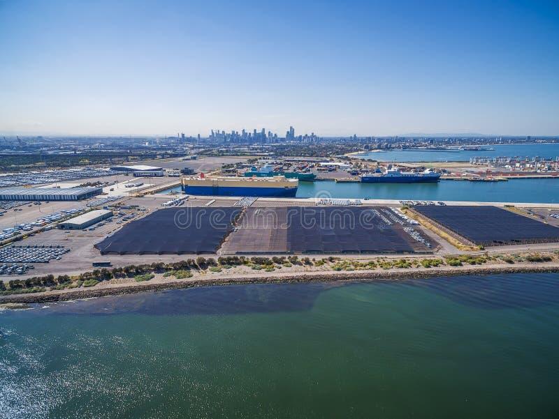 Widok z lotu ptaka Yarra rzeka, CBD linia horyzontu i Melbourne Internati, obraz stock