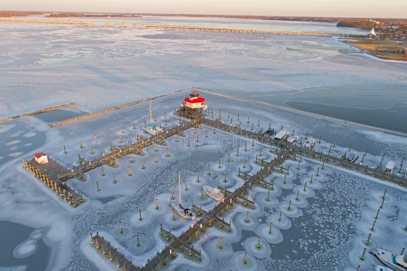 Widok Z Lotu Ptaka Zamarznięta Choptank rzeka, latarnia morska i obraz royalty free