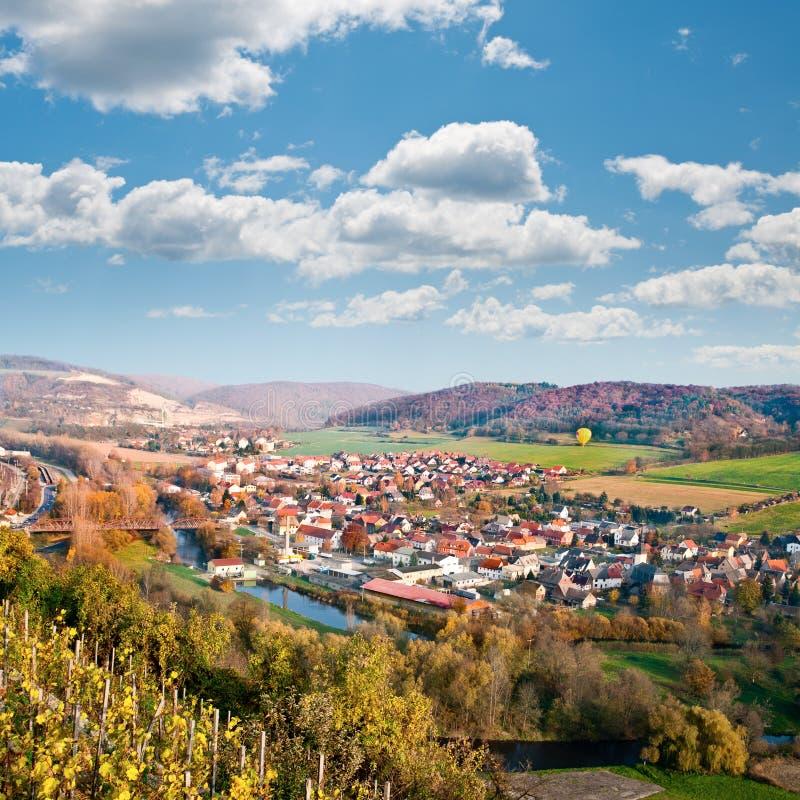 Widok nad Saale rzeczny dolinny pobliski Jena, Niemcy obrazy stock